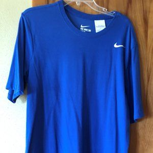 Nike Shirts - Men's Nike Dri Fit T-shirt